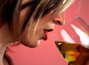 woman_drinking_lead_gallery__546x400-420x0